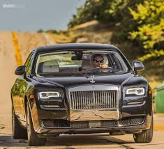 roll royce royce ghost rolls royce wants to modernize the appearance of its vehicles