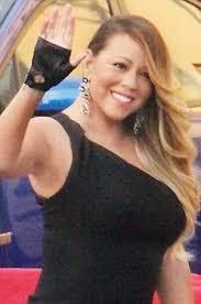 Holly Valance Lap Dance Mariah Carey Gives Dancer An U0027awkward U0027 Lap Dance Daily Mail Online