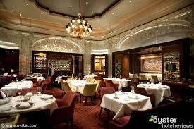 the five best hotel restaurants for dining out on thanksgiving in
