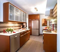 seconde de cuisine idee tapisserie cuisine avec relooking cuisine pour lui donner une