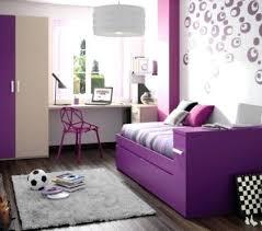 chambre violet aubergine deco chambre violet daccoration chambre ado mobilier violet