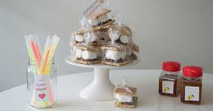 affordable wedding favors 3 affordable summer and fall wedding favor ideas the dollar tree