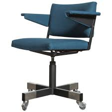 Office Chair Small by Simple Rolling Office Chair On Small Home Remodel Ideas With