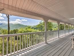 Wraparound Porch by Special Offer Maggie Valley Family Home Aw Vrbo