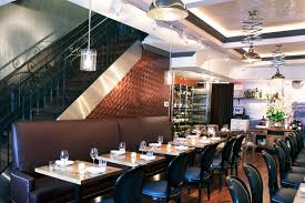 the restaurant u0027s decor blends traditional home style bistro