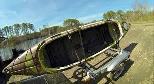 jeep kayak rack kilroy takes a ride on a yakima rack and roll ultralight kayak