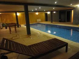 chambre avec ile de chambre hote avec piscine interieure décoràlamaison chambre avec