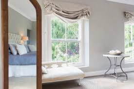 Feng Shui Bedroom Mirror How To Use Mirrors For Good Feng Shui