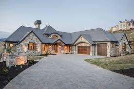 custom made homes retirees custom build bigger and better homes custom builder