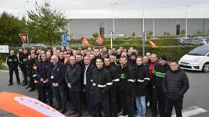 siege leroy merlin lezennes grève et blocage à l entrepôt logistique de leroy merlin la voix