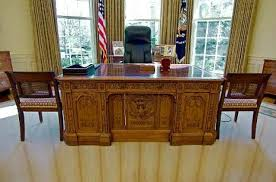 White House Oval Office Desk Amusing Oval Office Desk Resolute Desk White House Museum Bgliving