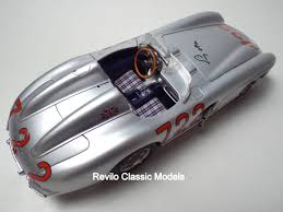 cmc 1 18 scale mercedes 300slr 722 signed by stirling moss