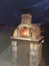 Diy Backyard Pizza Oven by The Moon Family Diy Wood Fired Pizza Oven In Oklahoma By Brickwood