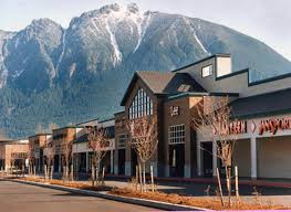 about bend premium outlets a shopping center in