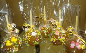 candy apple party favors wedding caramel apples verhage s vintage farm market at the mill