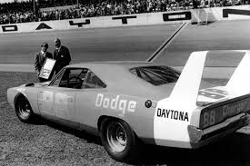 Dodge Challenger Daytona - muscle cars you should know 1969 dodge charger daytona