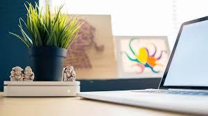 un bureau feng shui astuces pour un bureau feng shui en entreprise idealplacetowork com