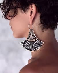 strange earrings 224 best jewelry i like images on circle earrings