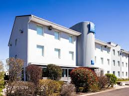 chambres d hotes riom hotel in riom ibis budget clermont ferrand nord riom
