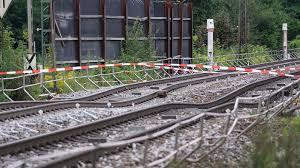 Baden Baden Linie Rheintalstrecke Bleibt Länger Dicht Karlsruhe Swr Aktuell Swr De