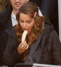 whos the actress in the viagra commercial sofia vergara hides outfit beneath bathrobe on set of new pepsi
