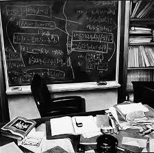 Albert Einsteins Desk Einsteins Desk Desk Design Ideas