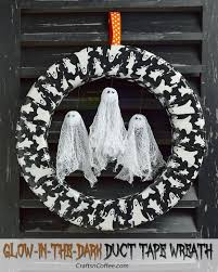 17 spooktakcular diy halloween wreath ideas style motivation