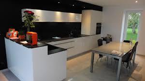 couleur de cuisine cuisine choisir les couleurs de sa cuisine cuisine noir idee