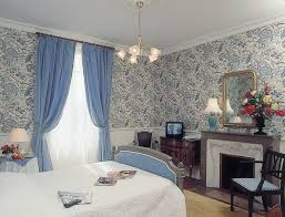chambre fleurie hôtel la villa fleurie à beaune côte d or en bourgogne côte d
