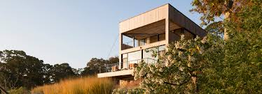 new home sources cary tamarkin completes island creek house in the htons