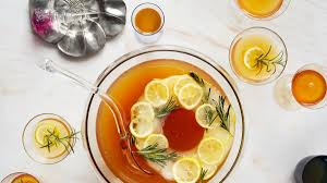 26 thanksgiving cocktail u0026 drink recipes to try this year bon