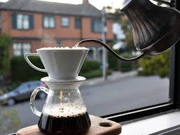 How To Grind Coffee Without A Coffee Grinder Coffee Science How To Make The Best Pourover Coffee At Home