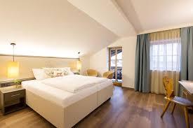 design hotel sã dtirol hotel wirtshaus post sankt johann in tirol austria booking
