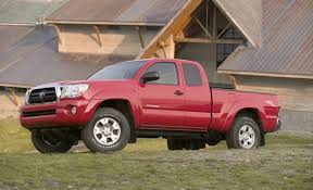 recall on toyota tacoma toyota recalls 690 000 tacoma for snapping leaf springs