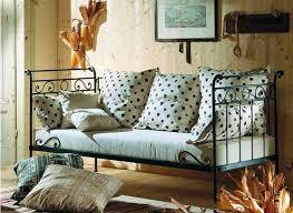 lit canapé fer forgé canapé lit en fer forgé modèle avril décoration beltran votre