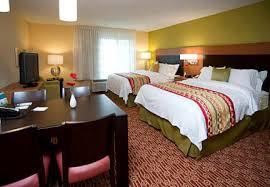 Bedroom Furniture Fort Wayne Towneplace Suites Fort Wayne North Hotel Amenities Hotel Room
