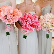 sweet peas flowers sweet pea wedding flower ideas in season now brides