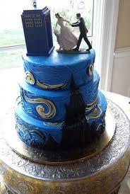 nerdy wedding cake toppers 31 geeky wedding cake toppers happywedd geeky wedding cakes