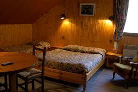 hotel chambre familiale annecy hôtel en haute savoie chambres près d annecydomaine de la caille