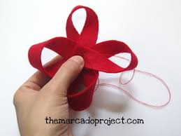 diy felt gift bow themercadoproject