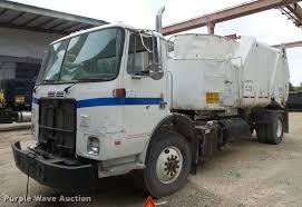 volvo light trucks 1999 volvo autocar wxr refuse truck item da6294 sold ju