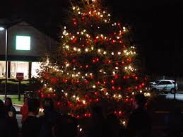 manchester sets tree lighting invites decoration contest