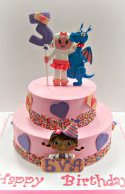 doc mcstuffins birthday cakes doc mcstuffins birthday cake scrumptions