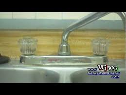 how to fix kitchen faucet leak kitchen faucet leaking water from the neck how to fix