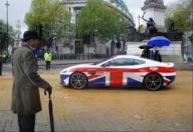 chrome aston martin aston martin is a u0027great u0027 addition to the lord mayor u0027s show