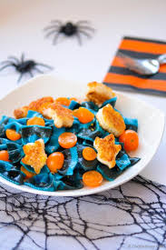 Scary Appetizers For Halloween by Halloween Chefdehome Com