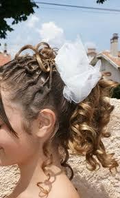 coiffure mariage enfant mèches torsadées et anglaises photo de coiffures enfants pour