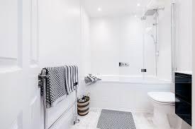 Small Bathroom Look Bigger How To Make Any Bathroom Look And Feel Bigger