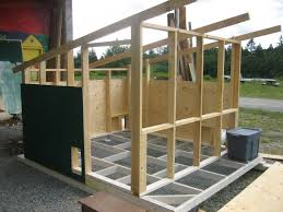 chicken house construction plans with easy chicken coop to build