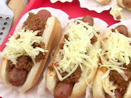 tyler florence u2013 chili cheese dogs u2014 recipes hubs